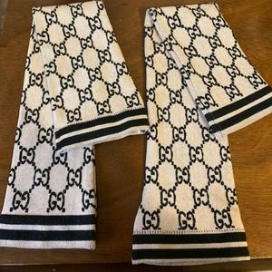 Gucci GG Print Black/Beige Leg Warmers NEW